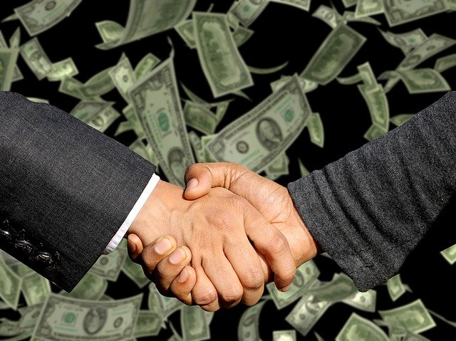 Shaking hands for a PPC payment